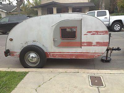 1947 Camper 1947 Original Kenskill Teardrop Camper Trailer Vintage Tear Drop Needs To Be R Vintage Trailers Vintage Campers Trailers Retro Travel Trailers