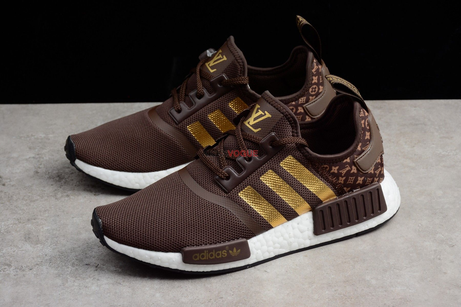 best authentic d4709 04b61 Louis Vuitton x ADIDAS NMD_R1 STARBUCKS | Adidas Shoes in ...
