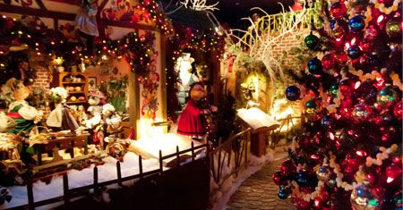 national christmas center family attraction museum pennsylvania dutch country lancaster pa
