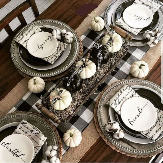 Buffalo Plaid Table Runner in 3 Sizes, Buffalo plaid table runner, Black and white table runner, monogrammed table runner #thanksgivingtablesettings