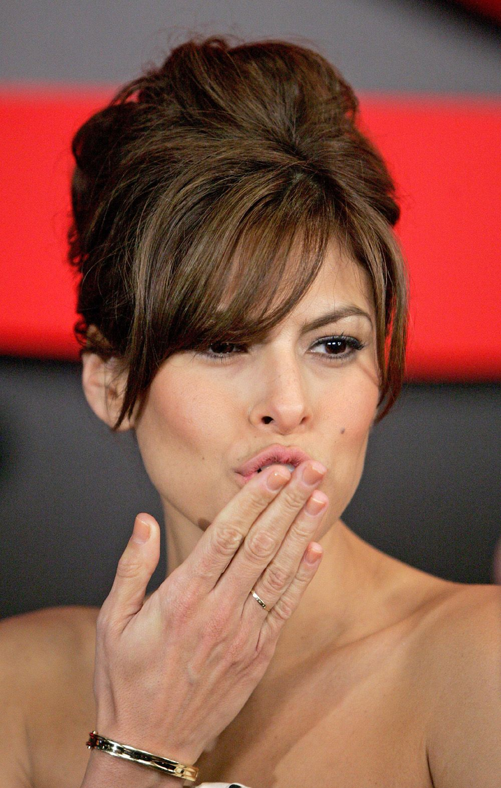 Eva Mendes Hairstyle Inspiration Long Hairstyles Updos And