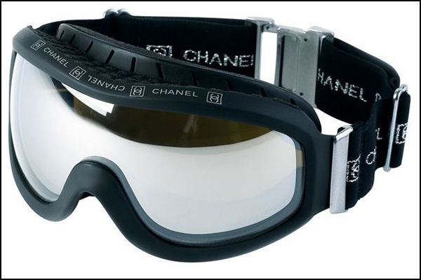 Chanel Ski Goggles..  stylinswag.. gimmie   mis amores.   Skiing ... ab0705b21a56