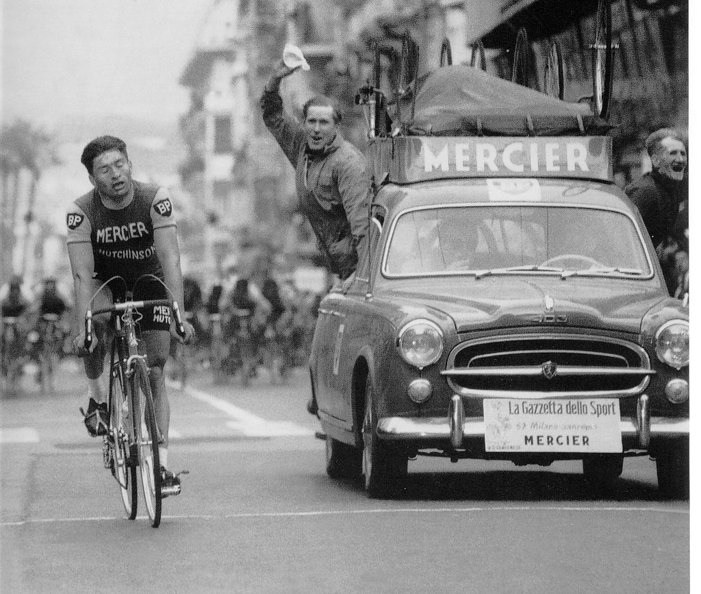 mercier team car peugeot 203 raymond poulidor milan san remo v hicules team cyclistes. Black Bedroom Furniture Sets. Home Design Ideas