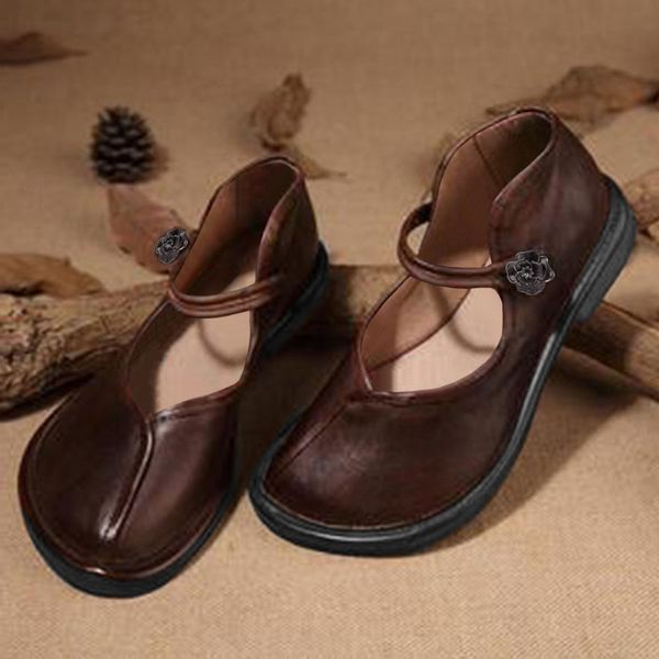 Womens Grommet Closed Toe Low Heel Pumps (1625402830)