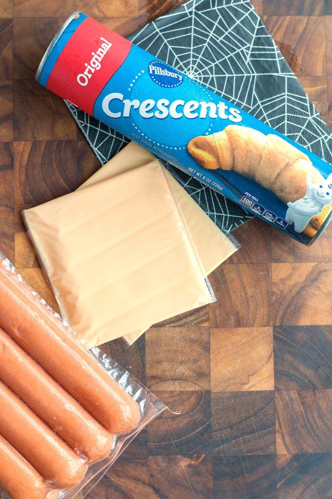 Crescent Mummy Hot Dogs - Food Lovin Family