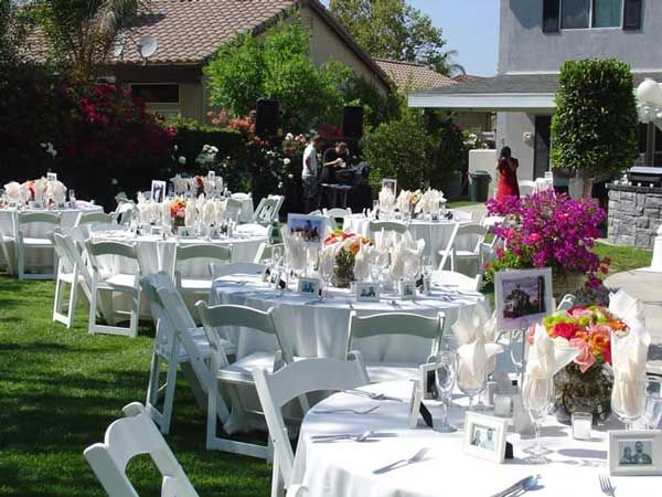 cheap backyard wedding ideas