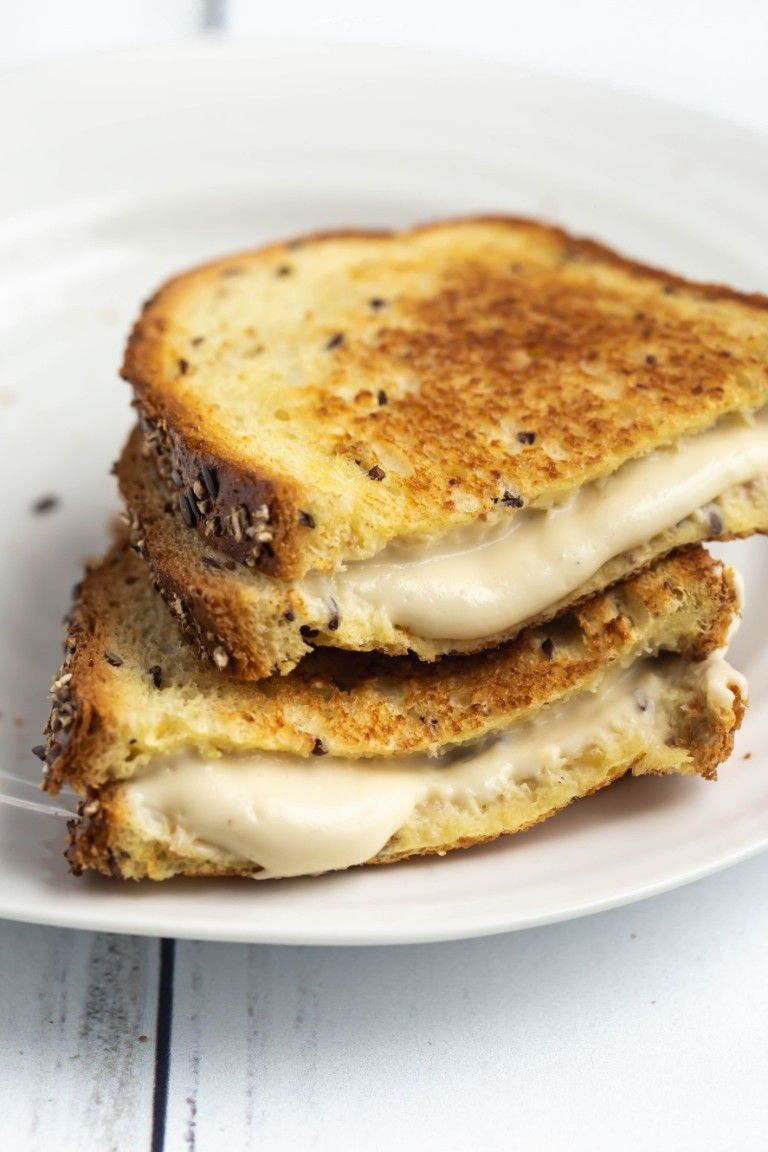 Best Vegan Mozzarella Cheese No Oil Recipe In 2020 Vegan Mozzarella Recipes Food