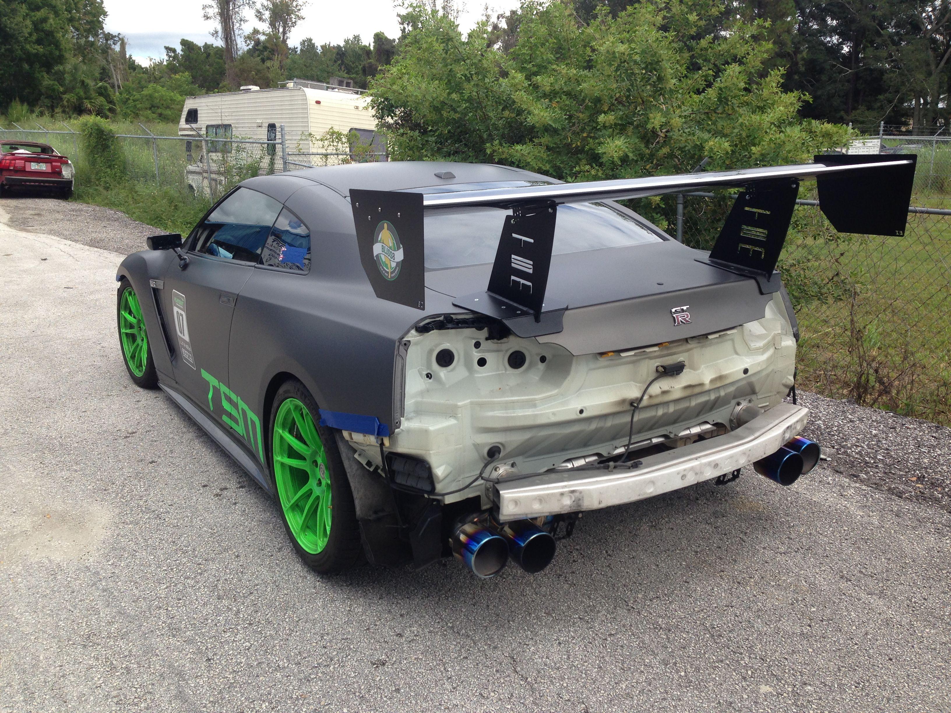 This is a gtr body rework auto body shop auto body