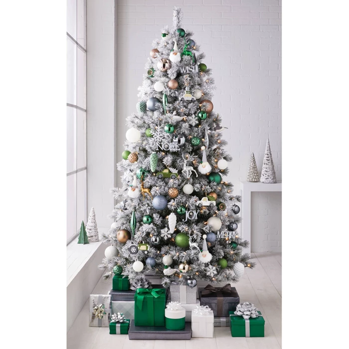 85ct Veranda Christmas Ornament Set