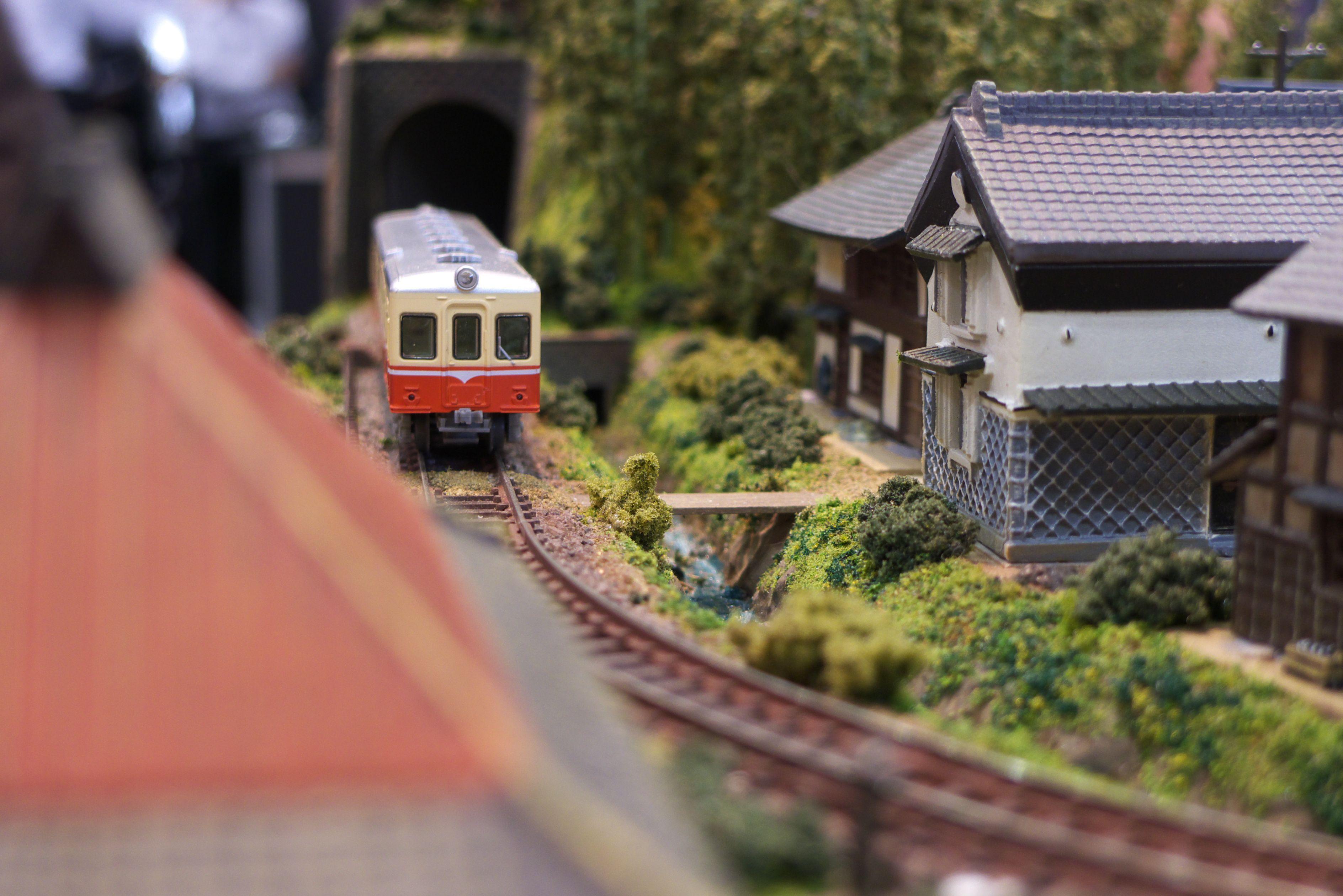 The model of a train Diorama | Cool | Model trains, Diorama