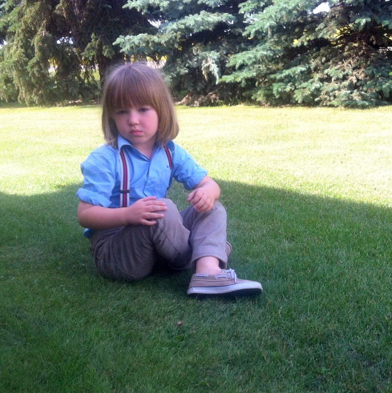 Little boy style. Shirt:American exchange, Suspenders: Mexx, Cords: Zara, Shoes: Ralph Lauren