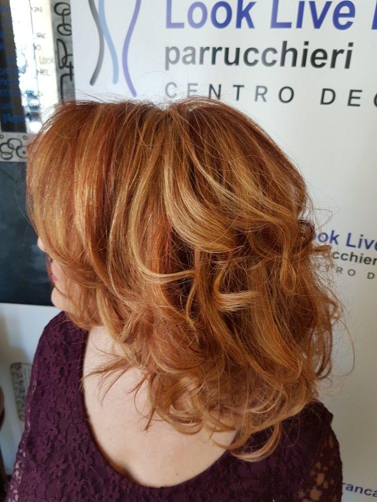 Pin su Degradè capelli media lunghezza