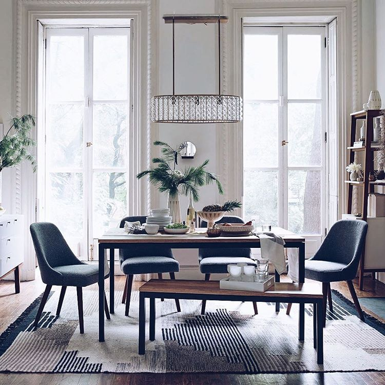 Dining room goals.  #nye #interiors #verilymoment  #homesweethome #darlingmovement #interiordesign #vscocam #westelmMKE #westelm