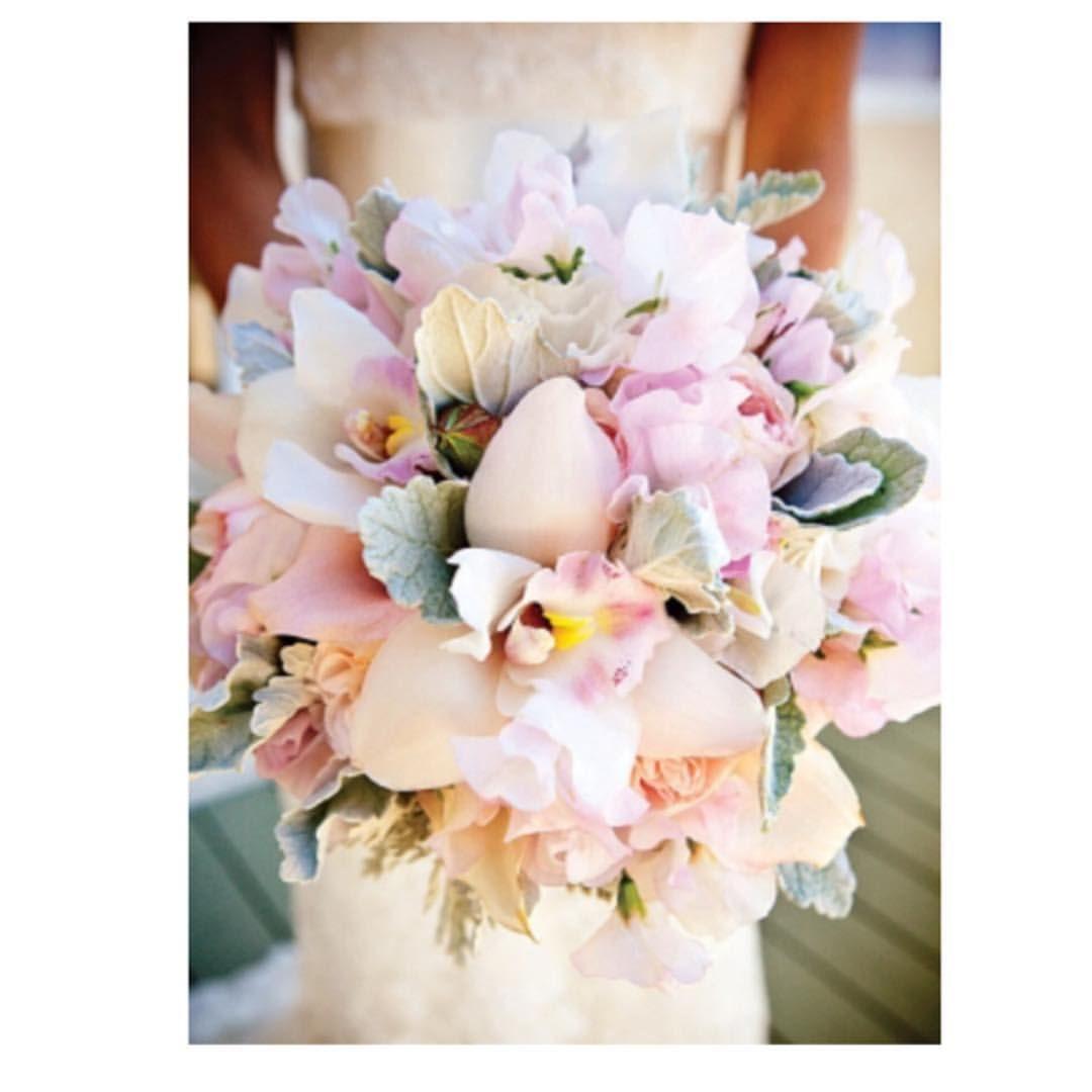 Lifestyle Hacks Pastel flower arrangements are trendy this spring