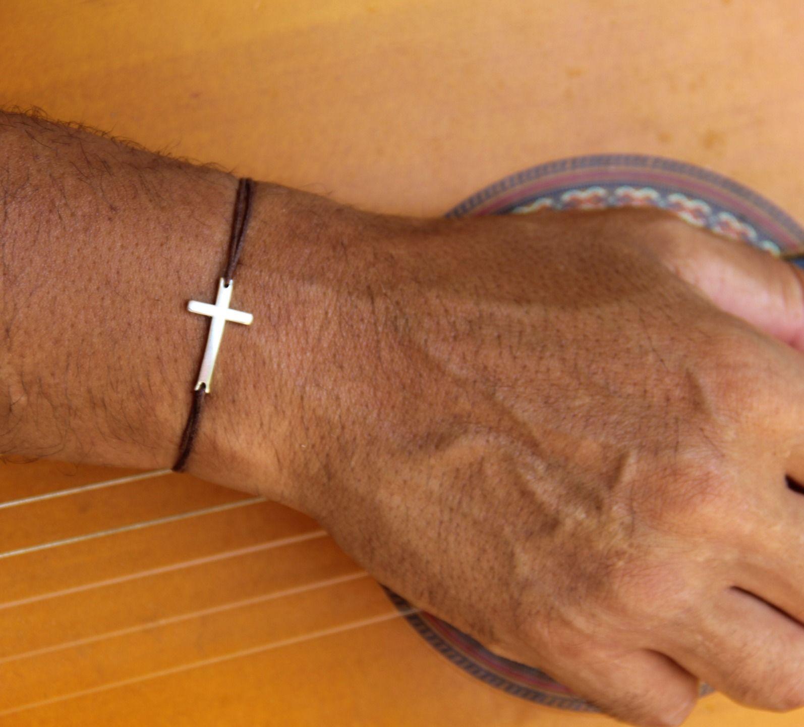 la meilleure attitude 19407 244a8 bracelet croix homme avec cordon ajustable .idée cadeau ...