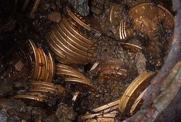 Couple stumble over $12m in old gold   metal detecting ...