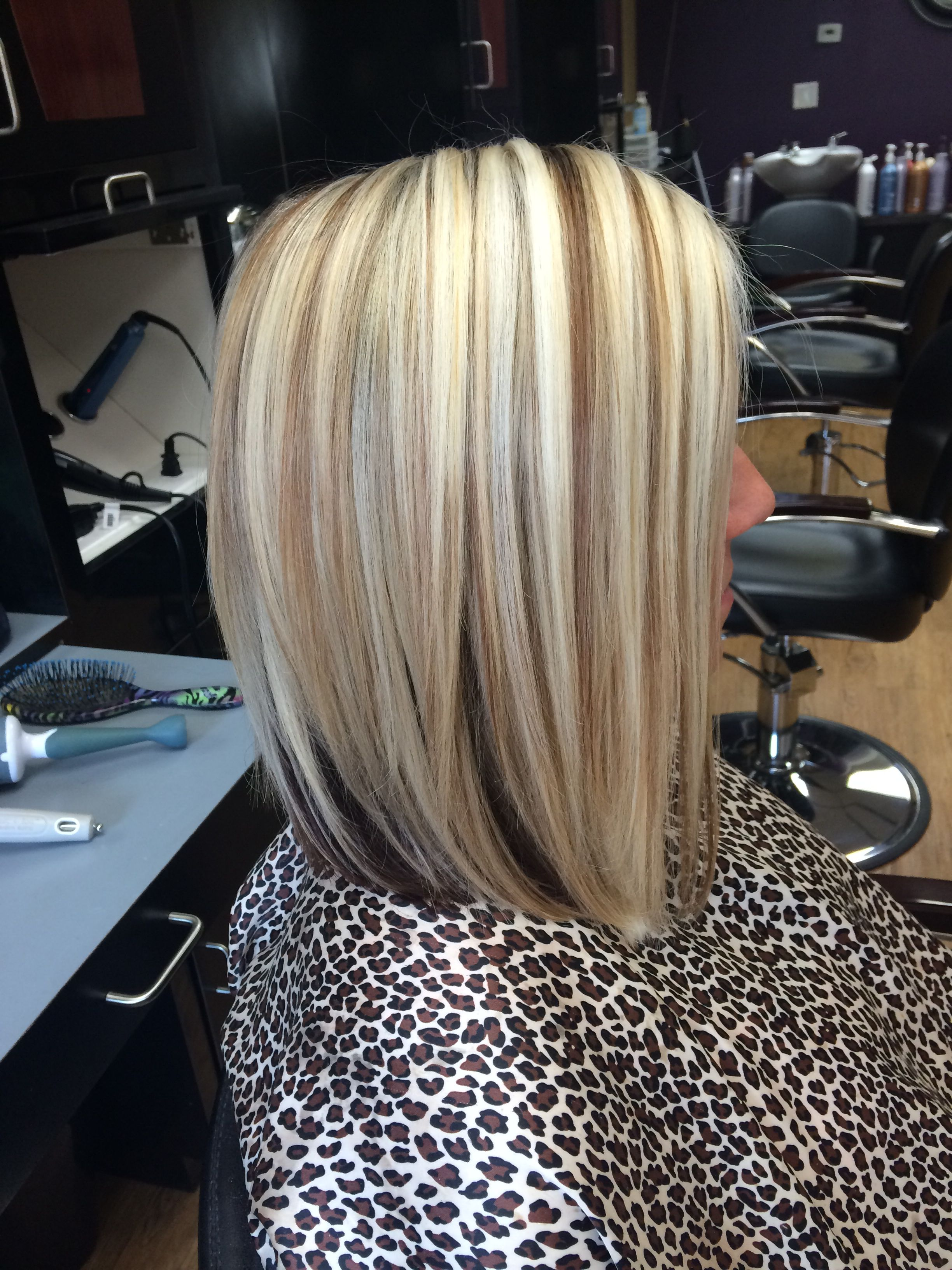 Shoulder Length Blonde Bob With Lowlights Hair