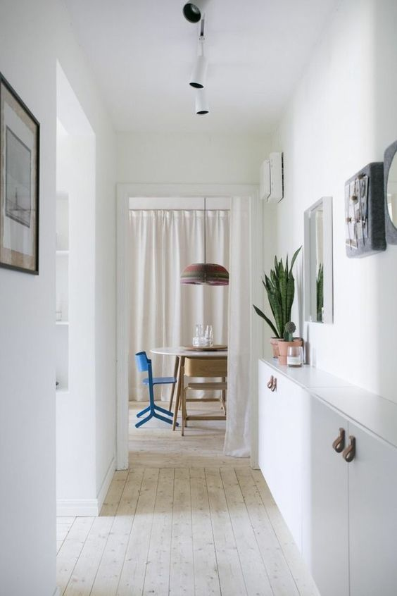 bildergebnis f r schmaler flur garderobe einrichtung gestaltung pinterest flure flur. Black Bedroom Furniture Sets. Home Design Ideas