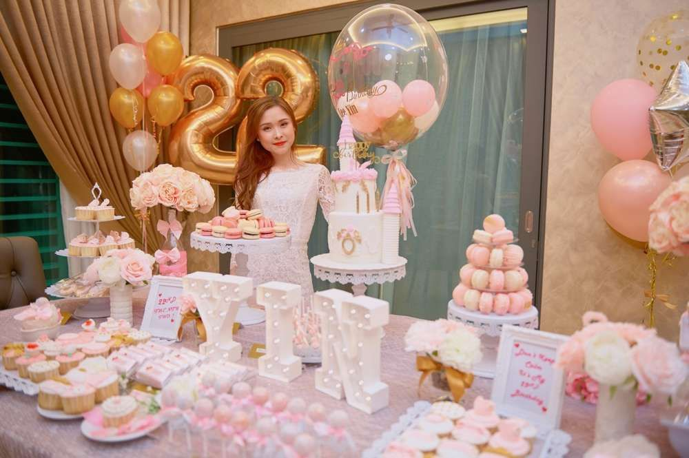 Pink White Gold Birthday Party Ideas Gold Birthday Party Birthday Party Decorations Birthday Parties