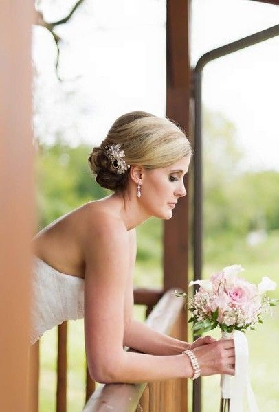 Makeup By Ravishing Photos Beauty Health Pictures Virginia Richmond Charlottesville Ro Wedding Hair And Makeup Wedding Hairstyles Wedding Makeup Artist