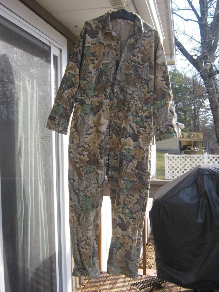 men s walls camo coveralls size large tall excellent used on walls coveralls id=34585