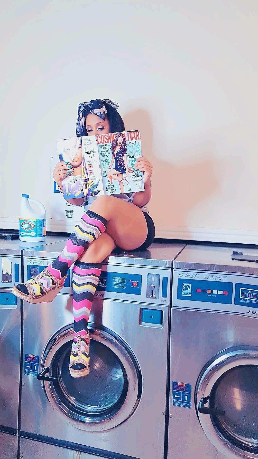 Laundromat Photoshoot Ideas Fun Photoshoot Creative Photoshoot Ideas Photoshoot Themes