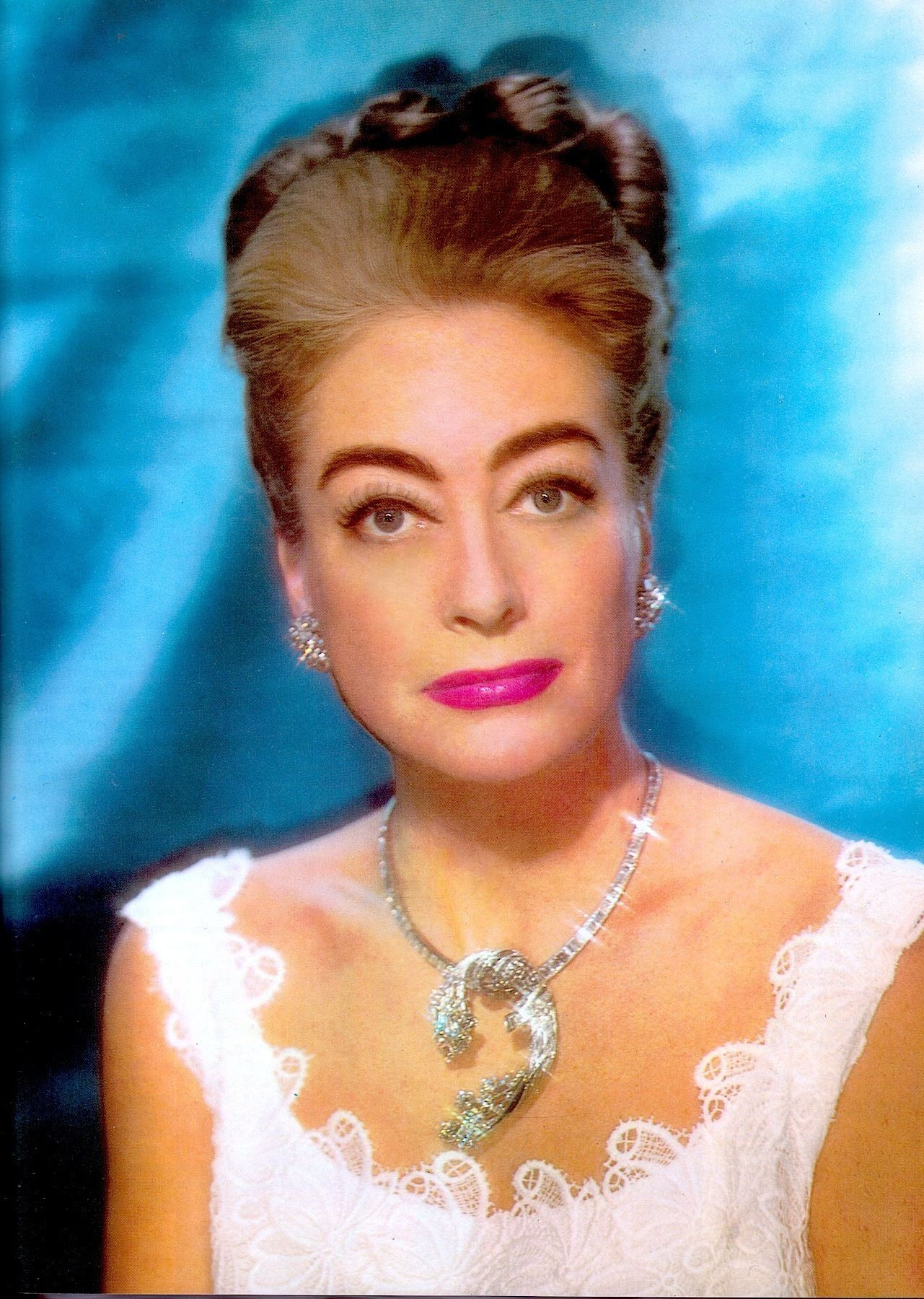 JOAN CRAWFORD colour portrait 1963. As Joan got older, her eyebrows got  heavier & she started to resemble her father … | Joan crawford, Joan  crawford children, Joan