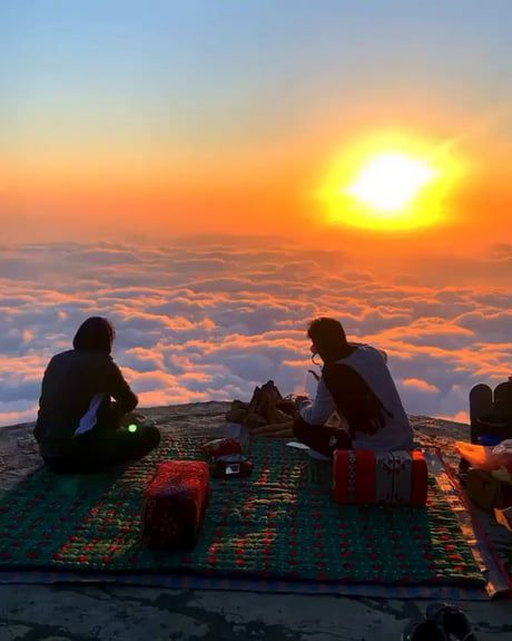 Tea time at high above the clouds in Al Abha, Saud