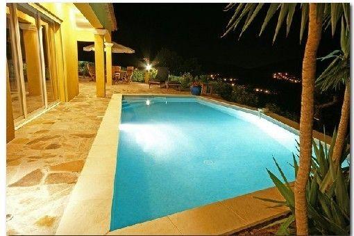 Location vacances villa La Londe les Maures Villa vue mer - location villa piscine couverte chauffee