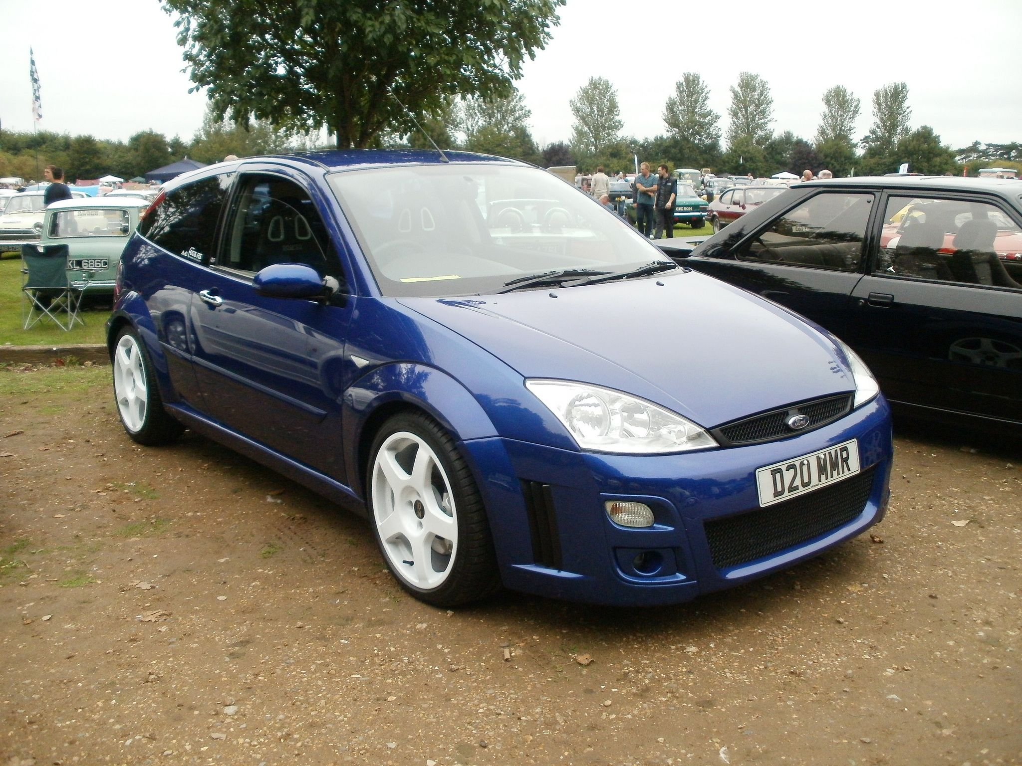imperial blue ford focus rs mk1 with white rims ford. Black Bedroom Furniture Sets. Home Design Ideas