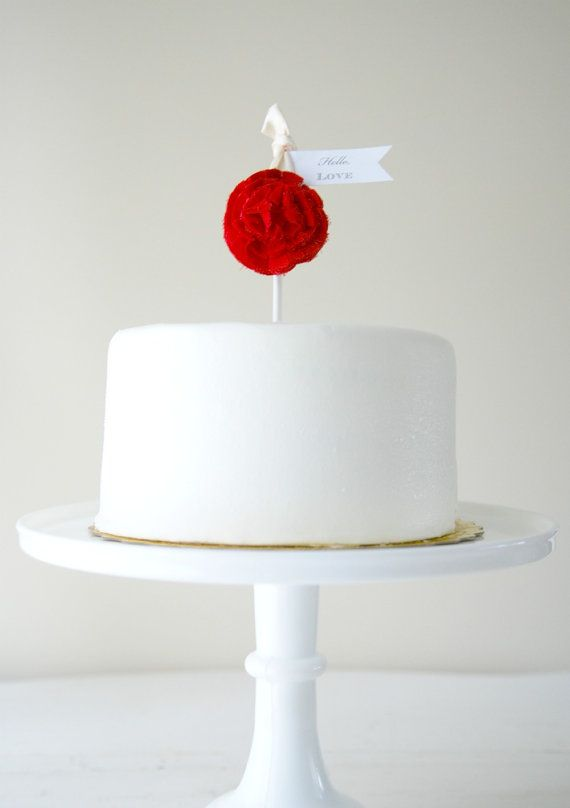 simple and elegant Valentine's Day Cake Topper