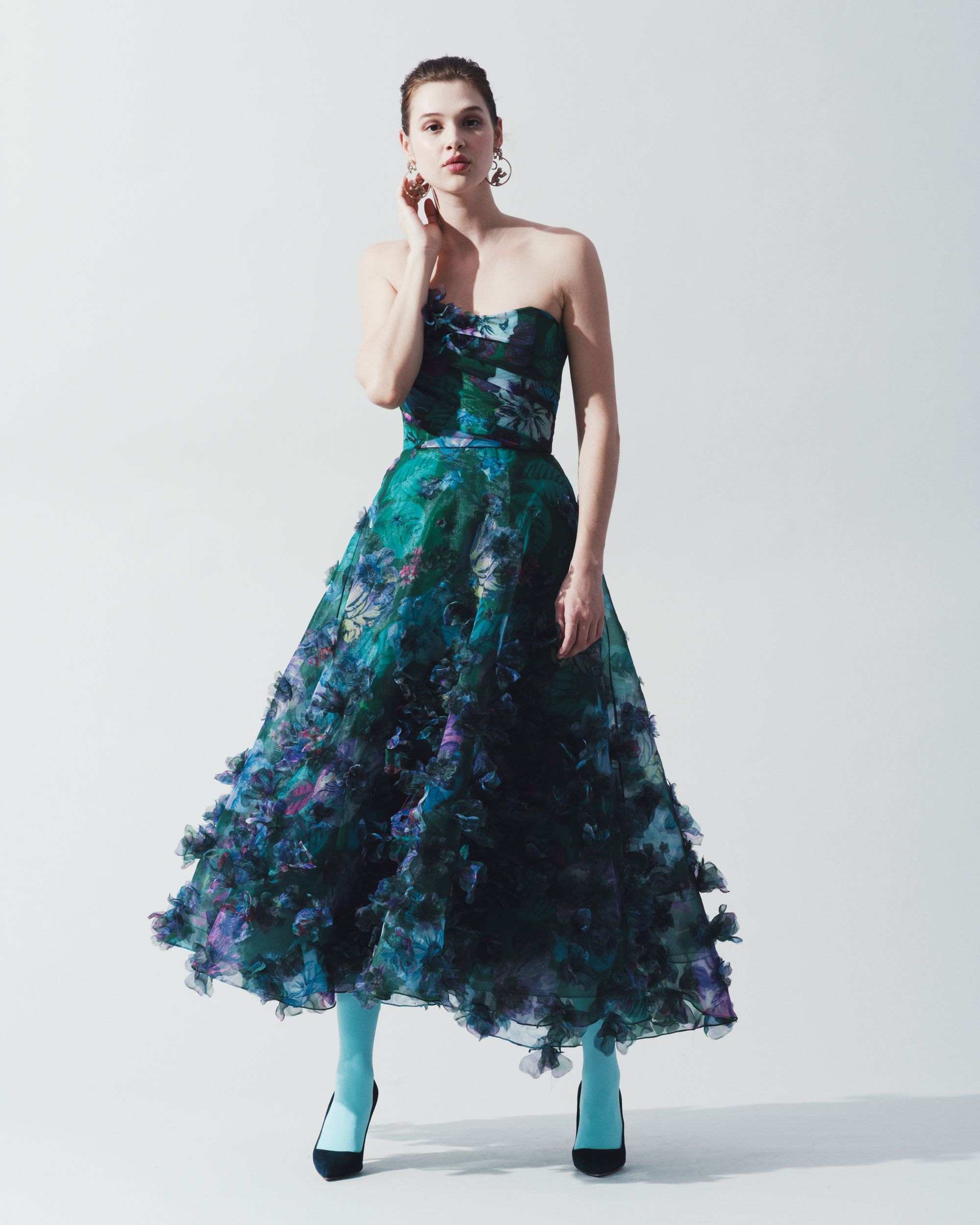 27b6f1ad0bc Look 12 from the Marchesa Notte Fall 2018 collection.