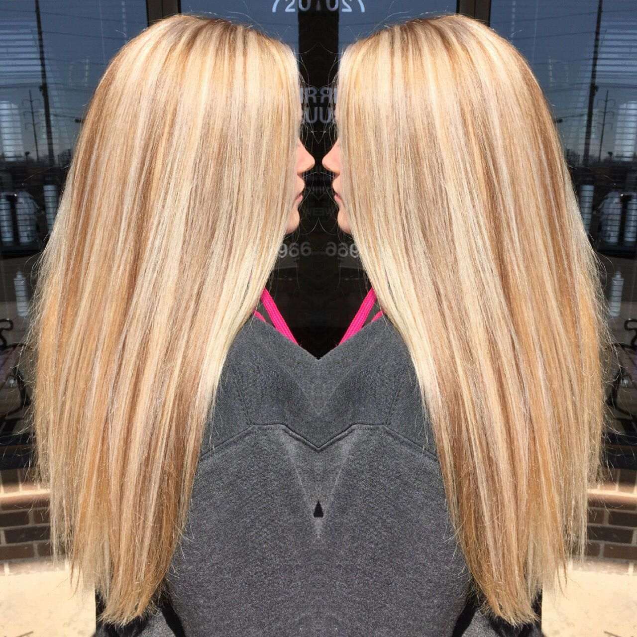 Golden Blonde Base With Platinum Highlights And Neutral Lowlights Goldenblondehair Blonde Highlights Hair Styles Light Strawberry Blonde