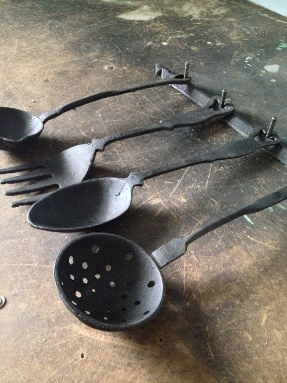 Vintage Cast Iron Spoon and Fork Wall Hanging Decor | Zassy\'s ...