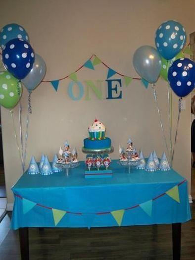 Boys Cupcake First Birthday