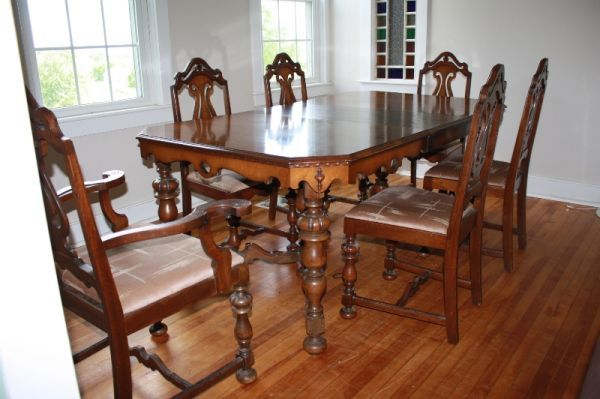 Awe Inspiring My New Dining Room Set Yeah Baby Made By Rockford Interior Design Ideas Truasarkarijobsexamcom
