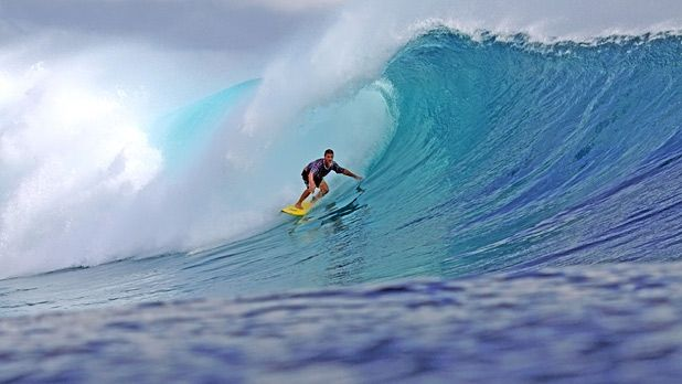 Surfing Mentawais islands with Stephanie Gilmore