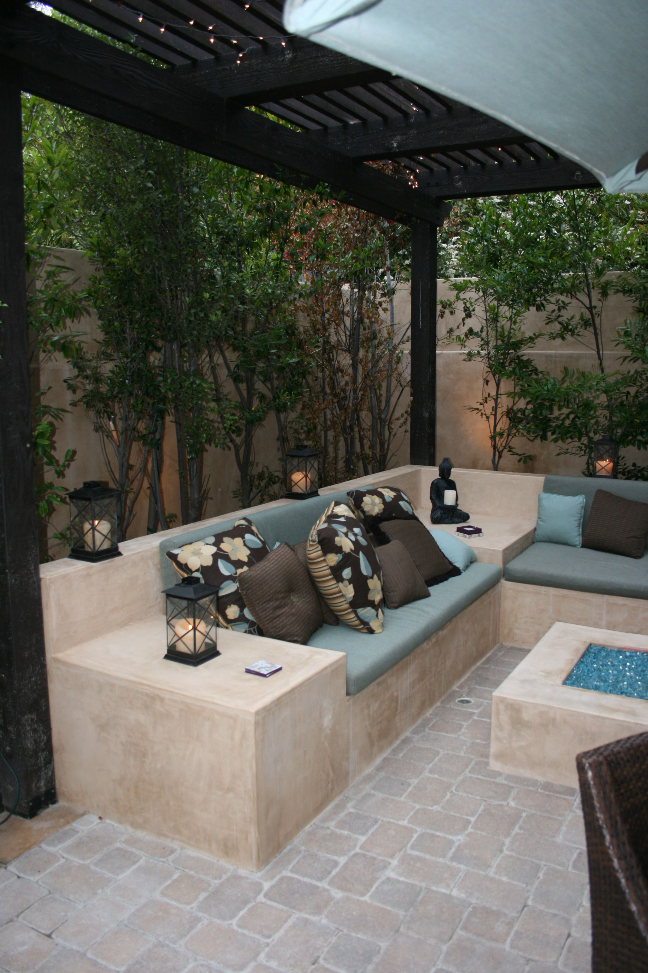 ciao newport beach fire pit area cozy and bench seat