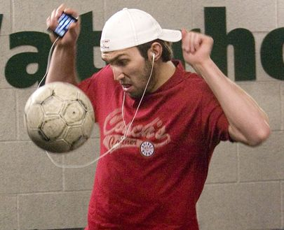 """""""Washington Capitals Alex Ovechkin, wearing a 'Coaches Corner' T-shirt as a reference to his war of words with Don Cherry, plays soccer outside the visitors dressing room in the Air Canada Centre ahead the NHL game against the Toronto Maple Leafs in Toronto on Tuesday, March 24, 2009."""""""
