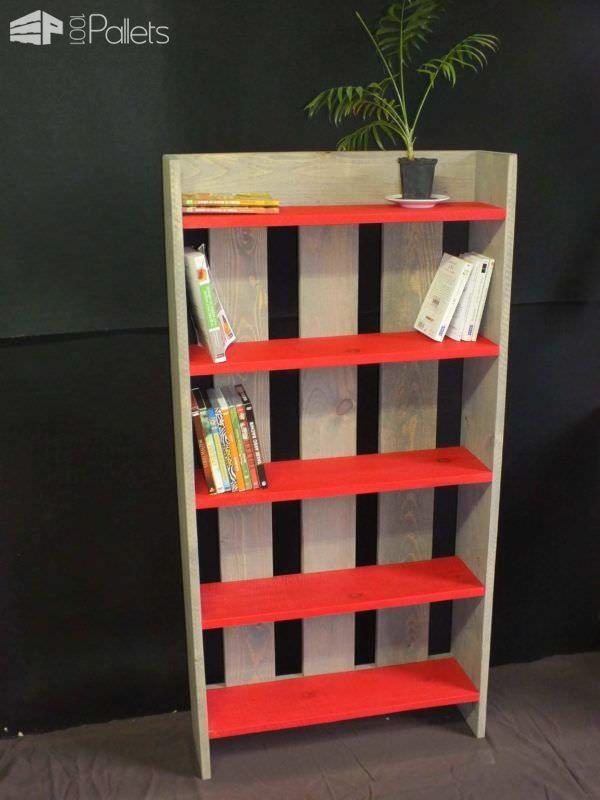 wooden pallet shelf biblioth que etag re en bois de palette recycled pallets ideas. Black Bedroom Furniture Sets. Home Design Ideas