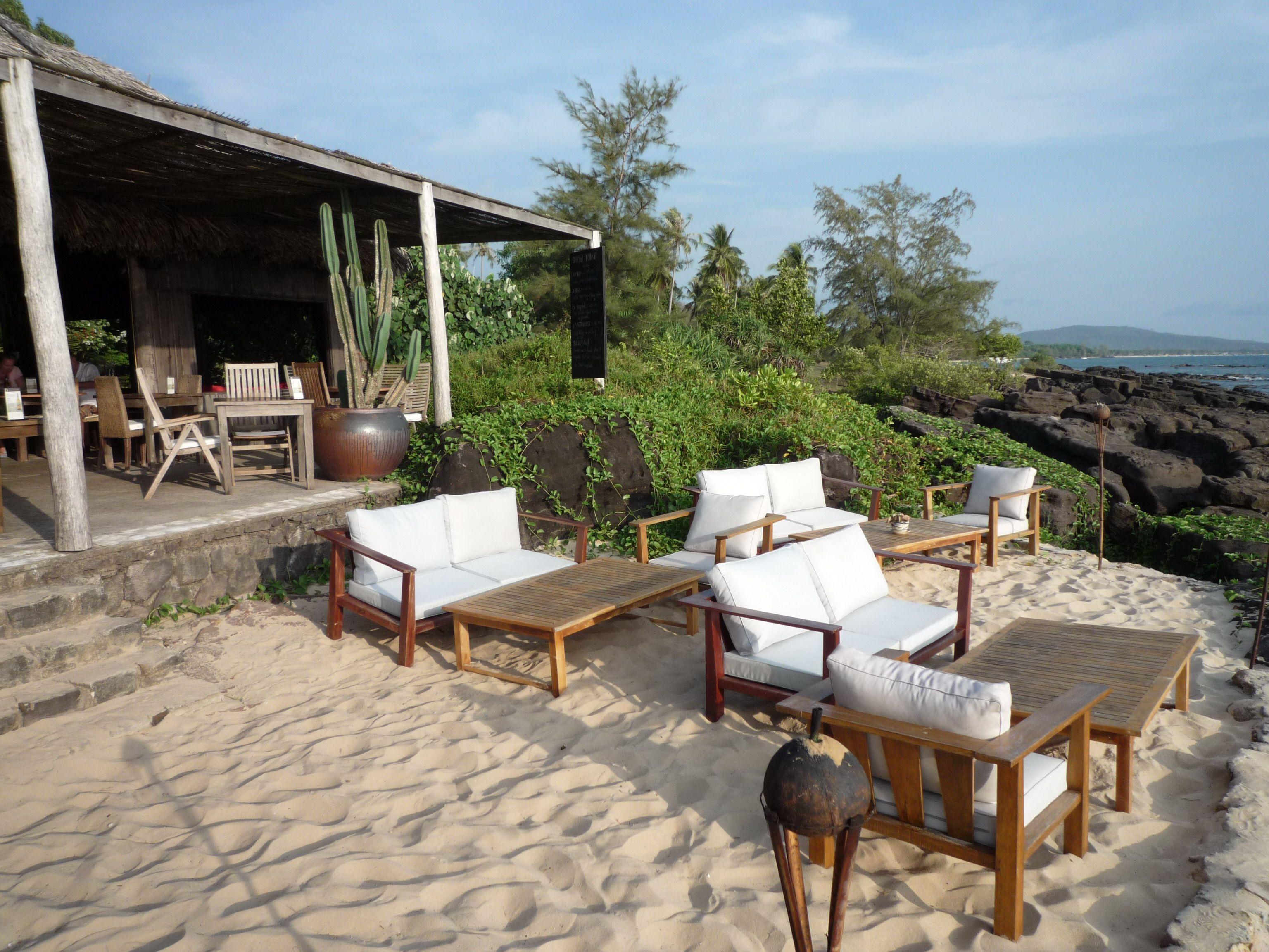 the beach bar at mango bay resort phu quoc island turn up in