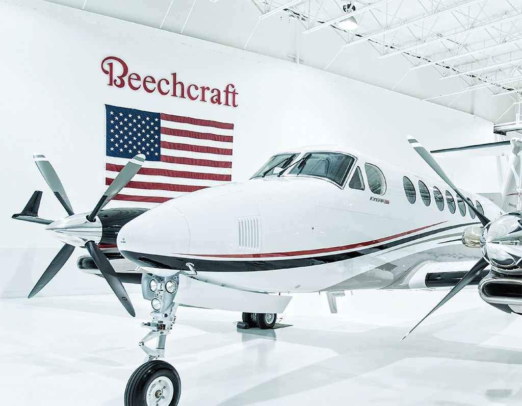 quality design d6ec4 83ee8 The King Air 350i turboprop for charter carries 8 passengers with a max  cruising speed of 345 mph and a max range of 1,500 nm. MFR  Beechcraft