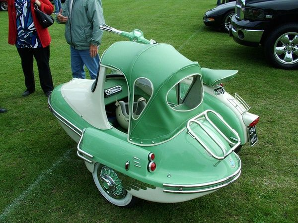 Strange Lambretta Scooter Side Car With Convertible Top