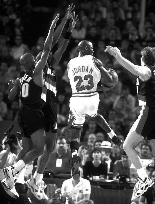 ffa0762801ac6b Michael Jordan vs. Trailblazers