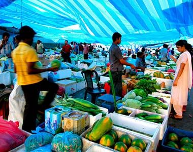 Have fun of shopping in #Maldives. Here are some of the most known and amazing places to visit in Maldives.