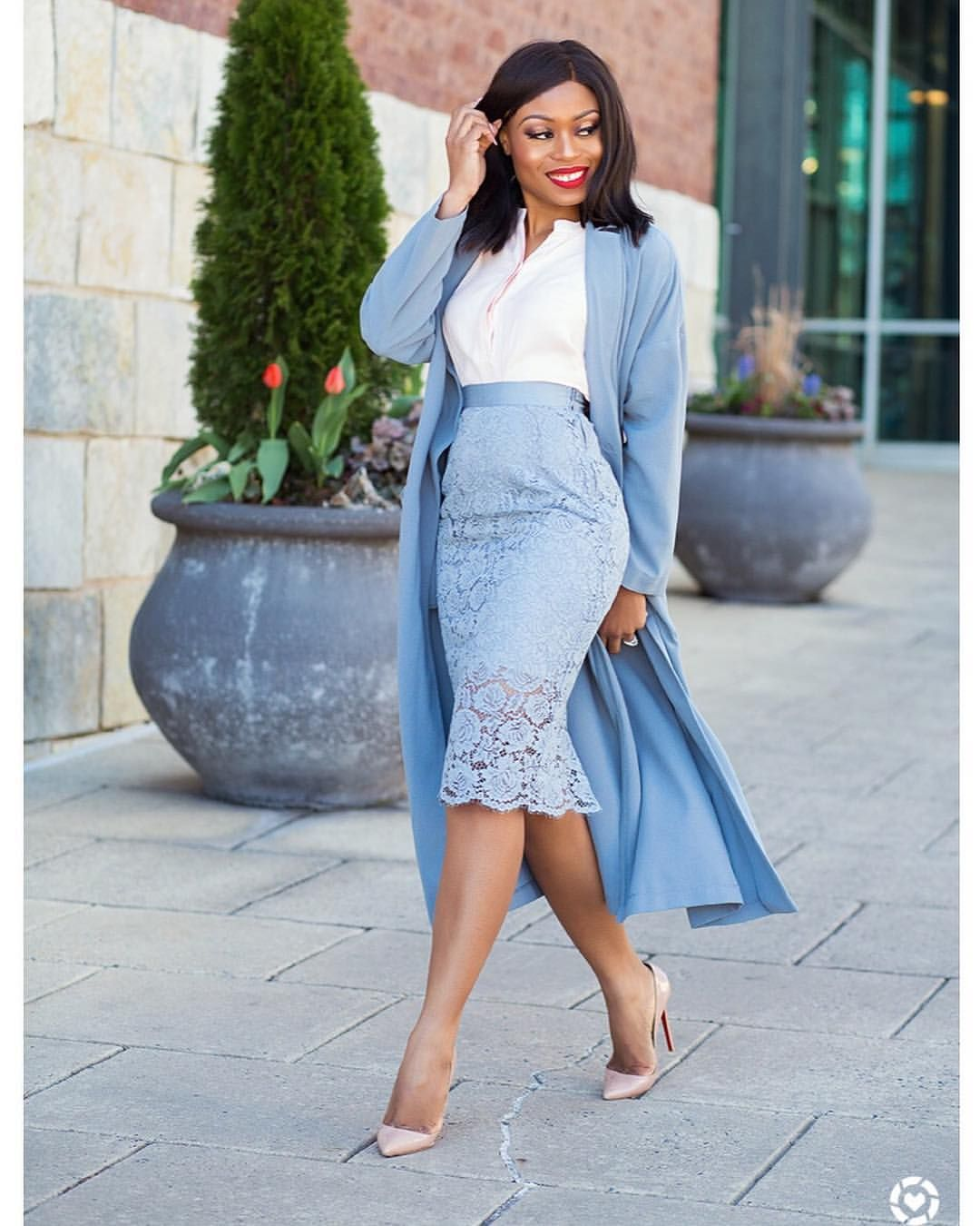 1cc7b8142 Pin de Lois Gehman en Simply Ageless - Work Appropriate en 2019 | Lace  skirt outfits, Blue skirt outfits y Pencil skirt outfits