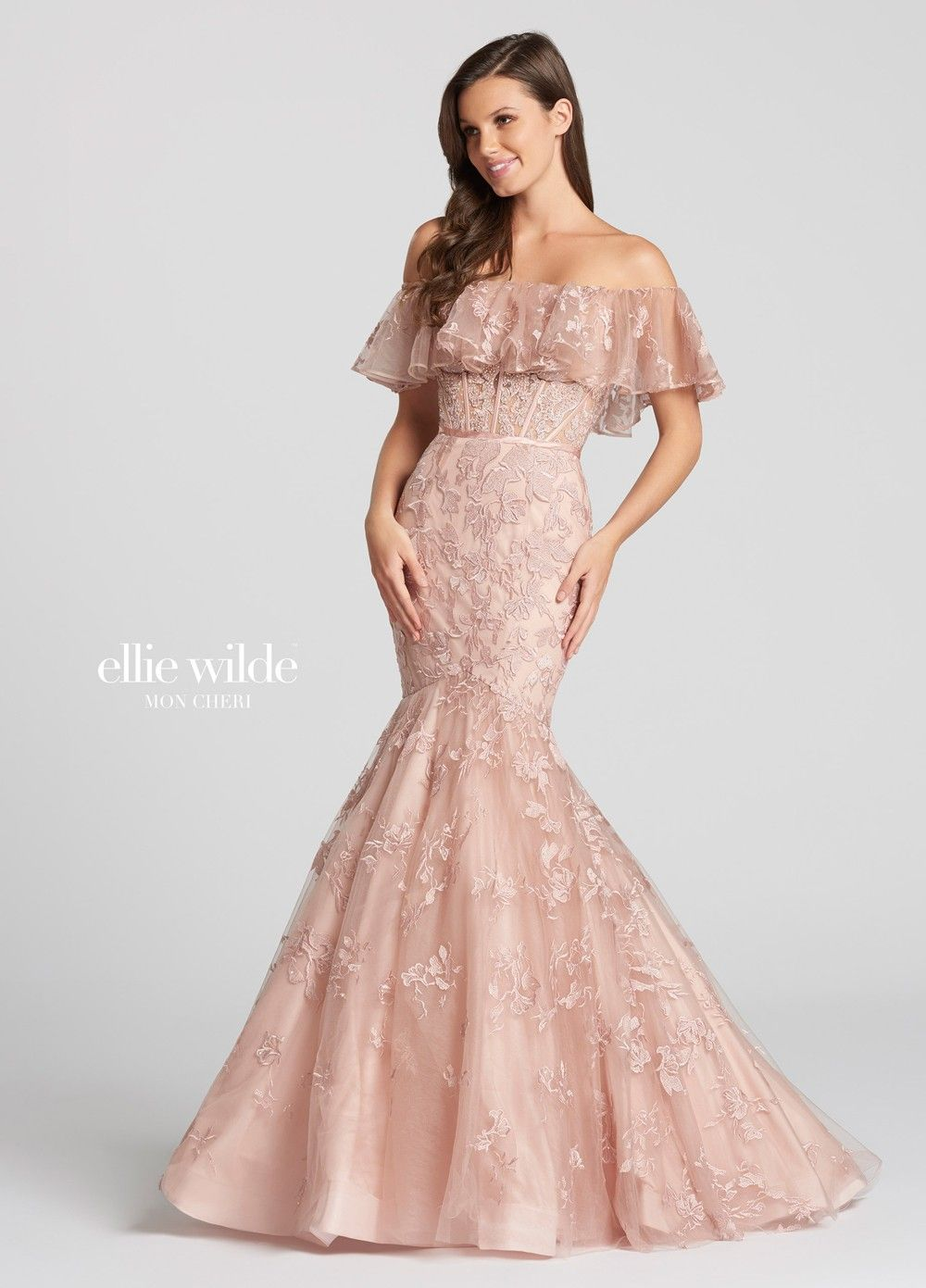 Pin de Glitz And Gowns en Ellie Wilde Prom | Pinterest