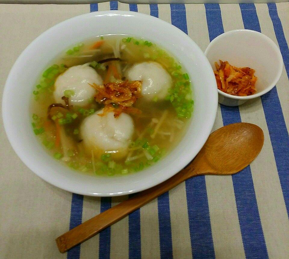 Fish ball soup