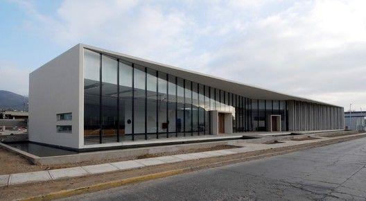 Galer a de oficina comercial conafe tng arquitectos 9 for Factory oficina
