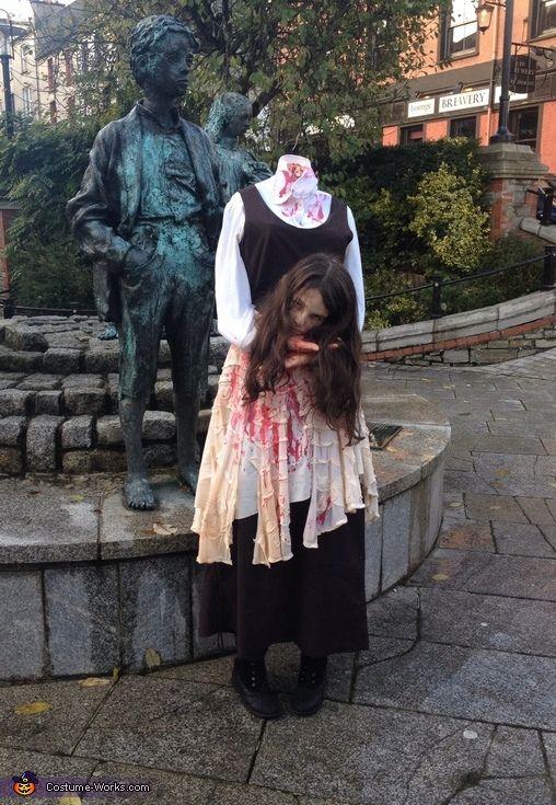 Headless Girl - Halloween Costume Contest via @costume_works & Headless Girl - Halloween Costume Contest at Costume-Works.com ...